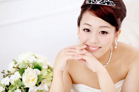 dc1a66e2111f5 ビューティーフェイス 京都マルイ店でのサービスの利用100円ごとに1マイル積算されます。